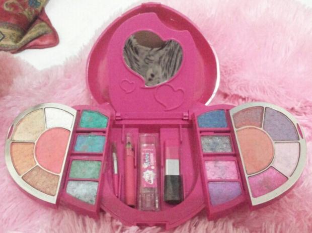 amara beauty kit untuk anak primi